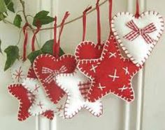 5 Rustic Felt Christmas Decorations by Treats2Treasure on Etsy