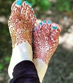 90 Beautiful Leg Mehndi Designs for every occasion, – Henna Henna Designs Feet, Legs Mehndi Design, Indian Mehndi Designs, Mehndi Designs 2018, Mehndi Designs For Beginners, Modern Mehndi Designs, Mehndi Designs For Girls, Mehndi Design Pictures, Wedding Mehndi Designs