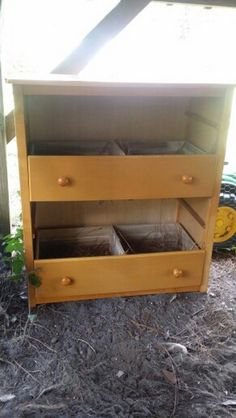 Chicken Coop - Chicken nesting box ideas | The Owner-Builder Network Building a chicken coop does not have to be tricky nor does it have to set you back a ton of scratch.