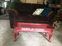 Radio Flyer Wagon made into a coffee table. Just add legs Furniture Projects, Furniture Makeover, Home Projects, Diy Furniture, Painted Furniture, Refinished Furniture, Radio Flyer Wagons, Retro Vintage, Fire Pit Furniture