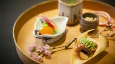 A hideaway Japanese restaurant in Ebisu, with an L-shaped counter and two four-seat, semi-private rooms, Kifuu is an upscale but cozy spot run by Mr Shirota, wh Japanese Course, Light Recipes, Food Preparation, Japanese Food, Food And Drink, Vegetarian, Lunch, Restaurant, Diet