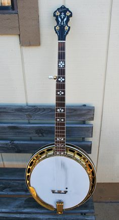 9472-1_gibson_mastertone_banjo_pb-granada_rb_front_b.jpg (823×1521)