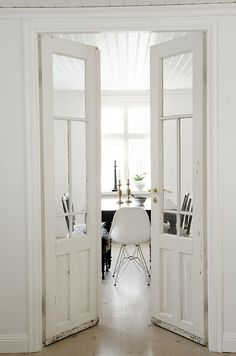 Interior french doors add a beautiful style and elegance to any room in your home. Home Living, Living Spaces, Kitchen Living, Sweet Home, Design Moderne, Beach Cottages, Windows And Doors, Big Doors, French Doors