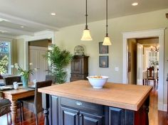 Traditional Kitchen Photos Craftsman Style Homes Design Ideas, Pictures, Remodel, and Decor - page 3
