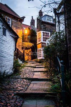 Robin Hoods Bay | North Yorkshire by Glenn Kilpatrick