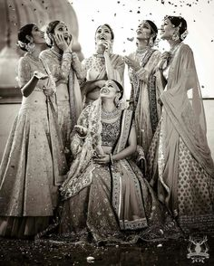 Create memories with your BFF– Bridesmaids photoshoot Ideas WE LOVED! Wedding Photography Checklist, Indian Wedding Photography Poses, Mehendi Photography, Photography Ideas, Couple Photography, Party Photography, Indian Wedding Poses, Indian Bridal, Portrait Photography