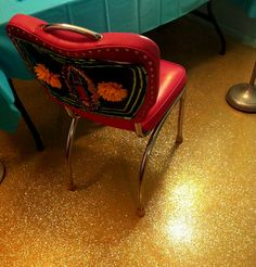glitter floor tutorial- apartment therapy, also note virgen chair!