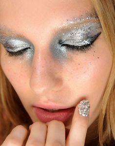 Metallic makeup.  #TopshopPromQueen