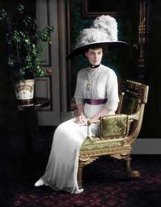 Her Imperial and Royal Highness Crown Princess of Germany and Prussia Cecilie Auguste Marie Herzogin zu Mecklenburg , Schwerin. Images Of Princess, Familia Romanov, Germany And Prussia, Grand Duchess Olga, Alexandra Feodorovna, Color Me Beautiful, Anglo Saxon, Antique Clothing, European History