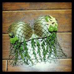 Fun twist, the seaweed and net is brilliant!