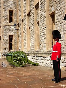 Crown Jewels of the United Kingdom, Coldstream Guard outside the Jewel House, Tower of London