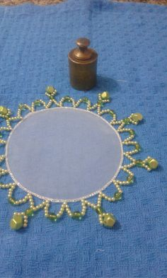 Tampa jarrad Sunburst Mirror, Diy Mirror, Mehndi Night, Dining Decor, Milk Jug, Doilies, Diy And Crafts, Jewelery, Embroidery