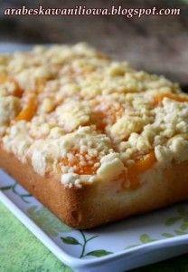 Ucierane ciasto z brzoskwiniami