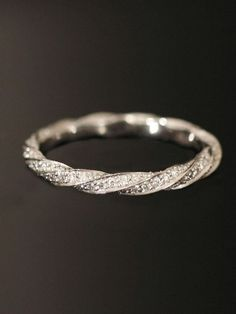 creative twisted fancy wedding band rings to fit with engagement rings