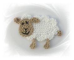 gehäkeltes Schaf , Häkelapplikation, Applikation, crochet applique sheep, Lämmchen, Schäfchen, Aufnäher Schaf, Applikation Schaf