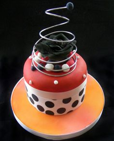 Funky wedding cakes set the tone of your wedding party. Funky cakes can come in all shapes and sizes, colours or styles. Mini Cakes, Cupcake Cakes, Cup Cakes, Cupcake Tier, Funky Wedding Cakes, Cakes Plus, Beautiful Cupcakes, Cake Gallery, Cake Pictures