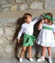 Fashion Sewing, Kids Fashion, Cute Dresses, Flower Girl Dresses, Informal Weddings, Page Boy, Irish Wedding, Espadrilles, Wedding With Kids