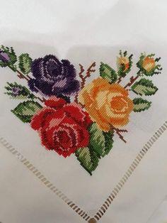 Cross Stitch Love, Cross Stitch Pictures, Cross Stitch Borders, Cross Stitch Flowers, Cross Stitch Designs, Cross Stitch Patterns, Hand Embroidery Patterns Flowers, Hand Embroidery Designs, Flower Patterns
