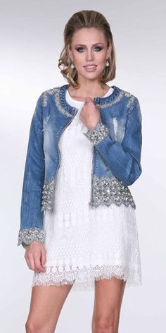 How to combine leather with knitting . Denim And Diamonds, Denim Fashion, Womens Fashion, Diy Vetement, Mode Jeans, Denim Ideas, Denim Crafts, Denim And Lace, Clothing Hacks