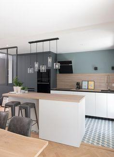 Quartier Monplaisir – MARION LANOE, Interior designer and decorator, Lyo … - Boxspringbetten House Design, House, Interior, Home, Deco, Modern Kitchen, Cute Home Decor, Home Deco, Interior Design