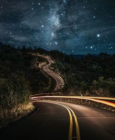 Milky Way road - Kuaui , Hawaii // Photography by Cory Chavers ( Beautiful Roads, Beautiful Landscapes, Beautiful World, Beautiful Places, House Beautiful, Ciel Nocturne, Winding Road, Milky Way, Stargazing