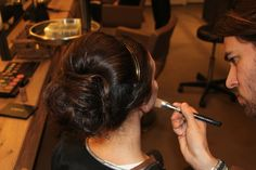 Maquillaje. #Bopeluqueria #hair #hairstyle #peinados #moda #tendencias #peluqeria #Barcelona #eventos #peinados