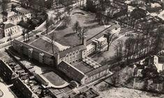 Paviljoen Klokkenbelt AlmeloOp dezelfde plaats staat nu de Klokkenbelt, de bouw van het complex begon in februari 1950 en op 9 februari 1952 werd het gebouw officieel geopend door de voormalige minister-president Dr. W. Drees. Het was één van de eerste na-oorlogse projecten voor bejaarden-huisvesting in Almelo en bood plaats aan 230 personen. Het complex bestaat uit een hoofdgebouw, twee woonvleugels, een dienstvleugel en een vleugel voor inwonend personeel met bij de ingang de klokkentoren