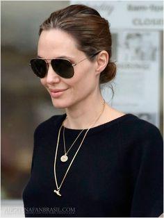 Angelina Jolie Brasil // Gallery
