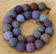 30 easy diy polymer clay beads ideas (16)