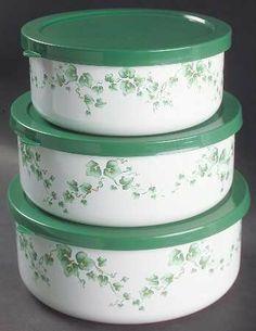 "Corning Callaway 3 Piece Metal Bowl Sets W/Plastic Lids(5"",6""+7""), Fine China Dinnerware by Corning. $15.99. Corning - Corning Callaway 3 Piece Metal Bowl Sets W/Plastic Lids(5"",6""+7"") - Corelle, Green Leaves/Vines,Swirl Rim"