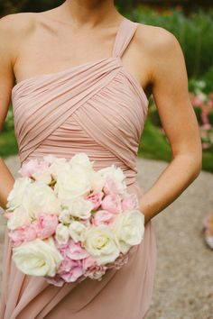 Blush and Neutral Wedding Ideas / bridesmaid dress style and flower arrangement