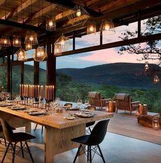 Cozy Outdoor Living Area Future House, Mountain Homes, Modern Mountain Home, Mountain Cabins, Mountain Living, Mountain Art, House Goals, My Dream Home, Exterior Design