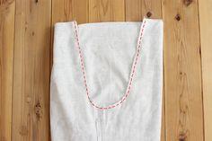 タック入りサーカスパンツの製図・型紙と作り方 | nunocoto fabric Linen Pants, Apron, Fabric, Fashion, Dressmaking, Tejido, Moda, Tela, Fashion Styles