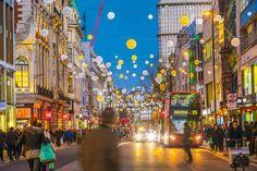 Kerst en Londen gaan samen zoals jam en scones. Bijna vijf miljoen toeristen zakken elk jaar af naar de Britse hoofdstad om er te shoppen voor de feesten. Dit jaar kan dat aantal nog stijgen door de gunstige wisselkoersen als gevolg van de brexit. Een tocht langs de klassiekers, enkele alternatieve adressen én een nieuw outletcentrum.