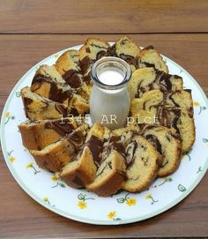 Classic marble butter cake