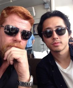 #DoctoroftheDead  2h Rock stars. RT @Cudlitz: Comic Con. #SDCC. @steveyeun pic.twitter.com/Y4XOlboYFQ
