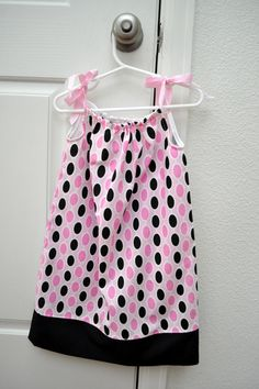 girls pink and black dots pillow case dress & Pillow case dress made from the pattern from crafty gemini. | Ugly ... pillowsntoast.com