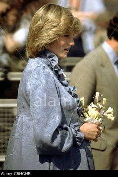 Pregnant Diana