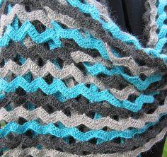 Lina - crochet stole