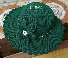 Crochet Baby Dress Pattern, Crochet Shoes, Cute Crochet, Knit Crochet, Crochet Patterns, Sombrero A Crochet, Crochet Summer Hats, Girl With Hat, Crochet Designs