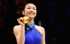 Kim Yu-Na Wins Figure Skating Gold For South Korea at 2010 Winter Olympics (Video) Brian Orser, Figure Skating Olympics, 2010 Winter Olympics, Triple Jump, Kim Yuna, Olympic Gold Medals, Olympic Champion, Skating Dresses, Ice Queen