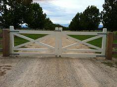 Wooden Gates Victoria: Farm | Tudor | Country | Driveway …