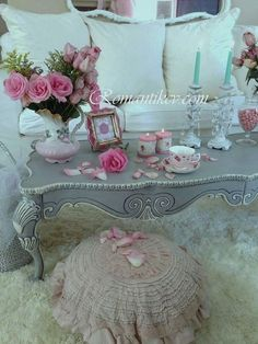 shabby chic grey wall art from shabby chic guest bedroom ideas – Toptrendpin Shabby Chic Grey Bedroom, Shabby Chic Bedroom Furniture, Shabby Chic Homes, Shabby Chic Decor, White Furniture, Modern Bedroom, Antique Furniture, Furniture Ideas, Romantic Room
