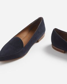 b38221763074 The Modern Point - Everlane Latest Shoe Trends