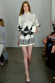 Emilia Wickstead Spring 2014 Ready-to-Wear Fashion Show