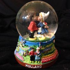 Snow Globe of Holland