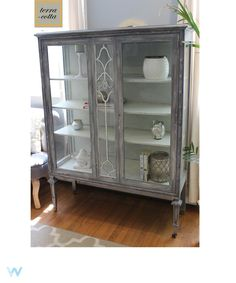 Antique China cabinet painted with chalk paint #chalkpaint #antique #chinahutch #distressed #refinished