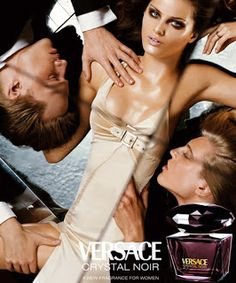 Versace Crystal Noir Fragrance 2004 (Versace) published: Fall/Winter 2004 All people in this campaign: Steven Meisel – Photographer Isabeli Fontana – Model Perfume Ad, Perfume And Cologne, Best Perfume, Versace Crystal Noir Perfume, Isabeli Fontana, Beauty Ad, Beauty Myth, Steven Meisel, Tips