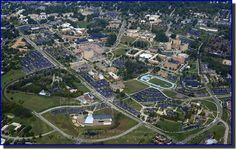 Kent State University in Kent, Ohio. My school Kent Ohio, College Campus, College Graduation, Kent State University, The Buckeye State, Photos Of The Week, City Photo, Beautiful Places, Stock Photos