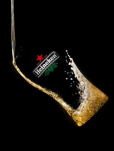 Ray Massey specialist: advertising liquids drinks still life hands special Creative Advertising, Advertising Design, Flüssiges Gold, Beer Images, Beer Poster, Creative Posters, Best Beer, Still Life Photography, Commercial Photography